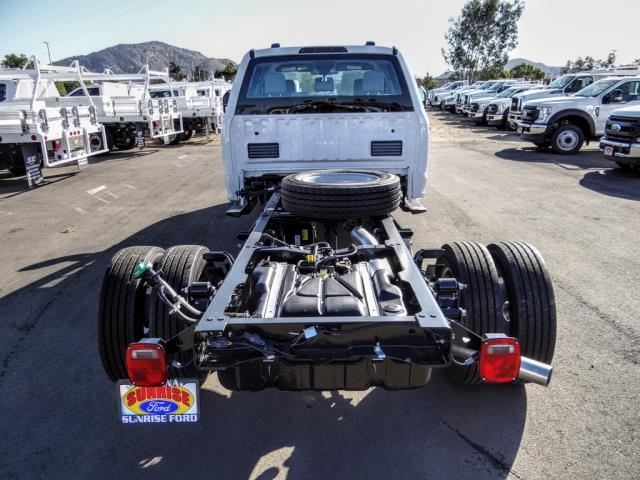 2020 Ford F-450 Crew Cab DRW 4x2, Cab Chassis #FL3991 - photo 4