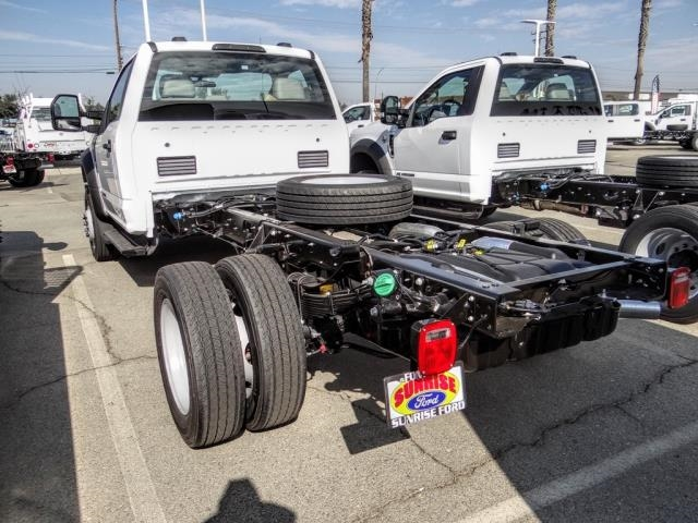 2020 Ford F-550 Regular Cab DRW 4x2, Cab Chassis #FL4233 - photo 2