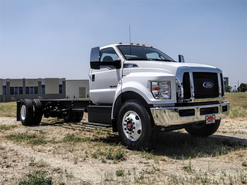 2021 Ford F-750 Regular Cab DRW 4x2, Cab Chassis #FM0009 - photo 23