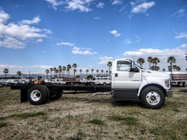 2021 F-650 Regular Cab DRW 4x2, Cab Chassis #FM0011 - photo 5