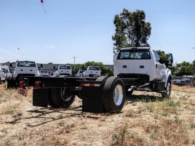 2021 Ford F-650 Regular Cab DRW 4x2, Cab Chassis #FM0012 - photo 4
