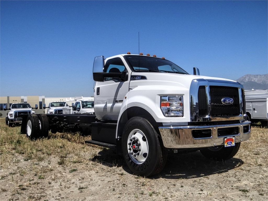 2021 Ford F-750 Regular Cab DRW 4x2, Cab Chassis #FM0014 - photo 23