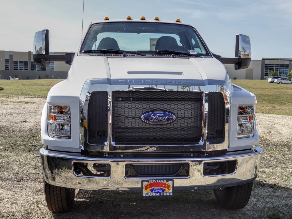 2021 Ford F-750 Regular Cab DRW 4x2, Cab Chassis #FM0015 - photo 9
