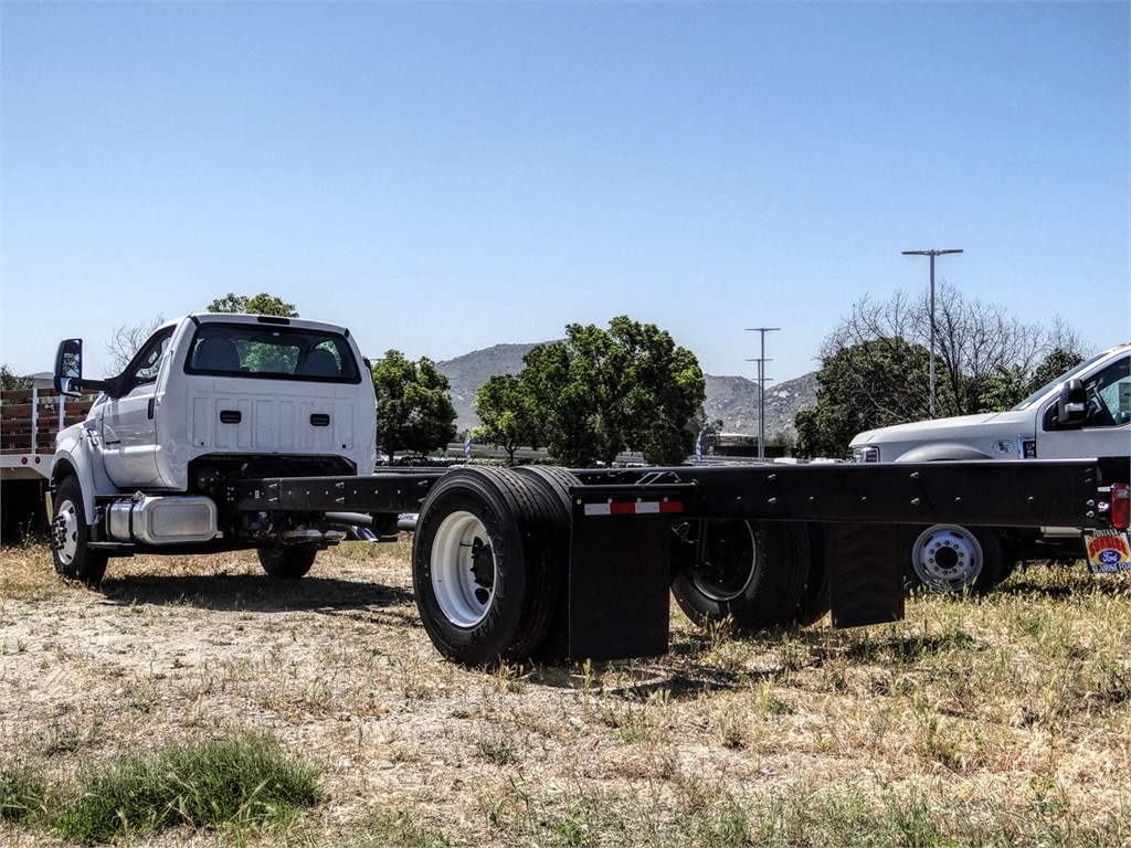 2021 Ford F-750 Regular Cab DRW 4x2, Cab Chassis #FM0015 - photo 20