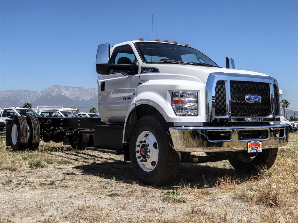 2021 Ford F-750 Regular Cab DRW 4x2, Cab Chassis #FM0015 - photo 23