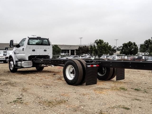 2021 Ford F-650 Regular Cab DRW 4x2, Cab Chassis #FM0040 - photo 2