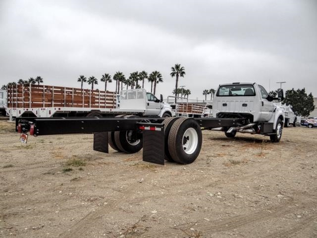 2021 Ford F-650 Regular Cab DRW 4x2, Cab Chassis #FM0040 - photo 4