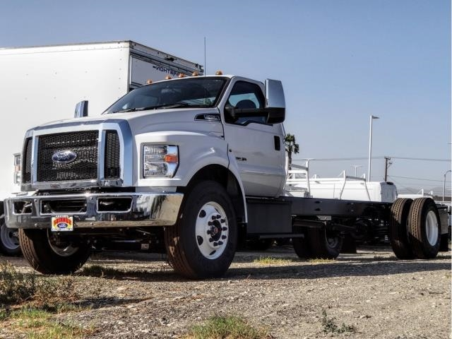 2021 Ford F-650 Regular Cab DRW 4x2, Cab Chassis #FM0041 - photo 1