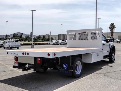 2021 Ford F-550 Regular Cab DRW 4x2, Royal Truck Body Platform Body Flatbed #FM1978 - photo 4