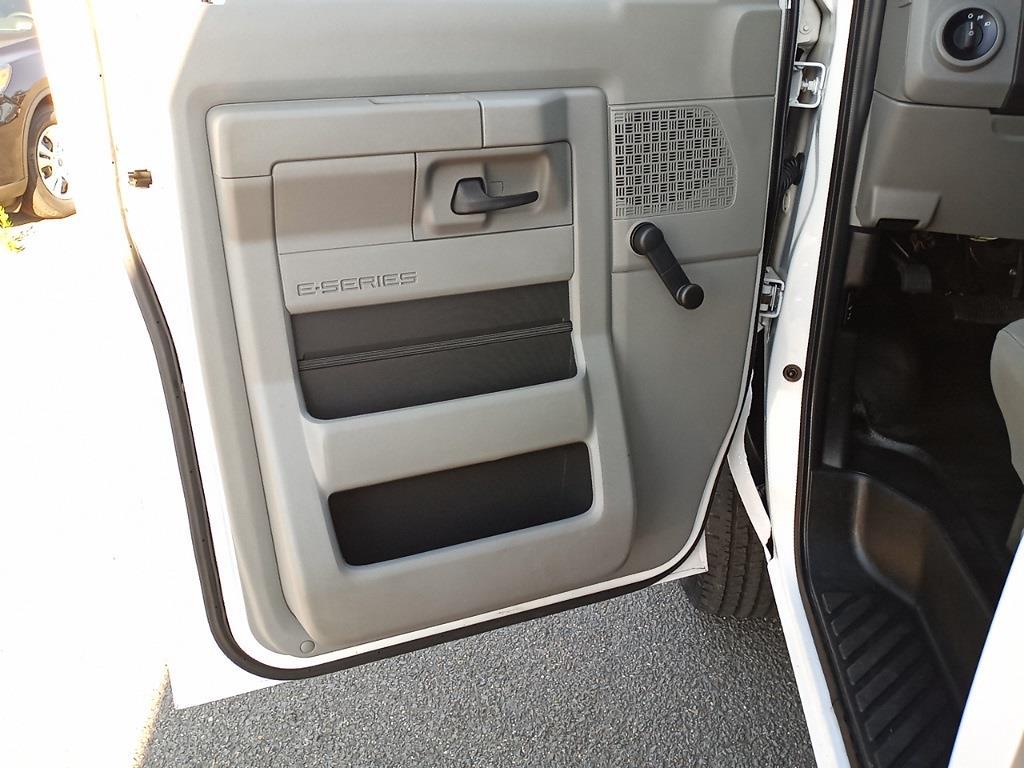 2015 Ford E-350, Cutaway Van #G505676A - photo 11