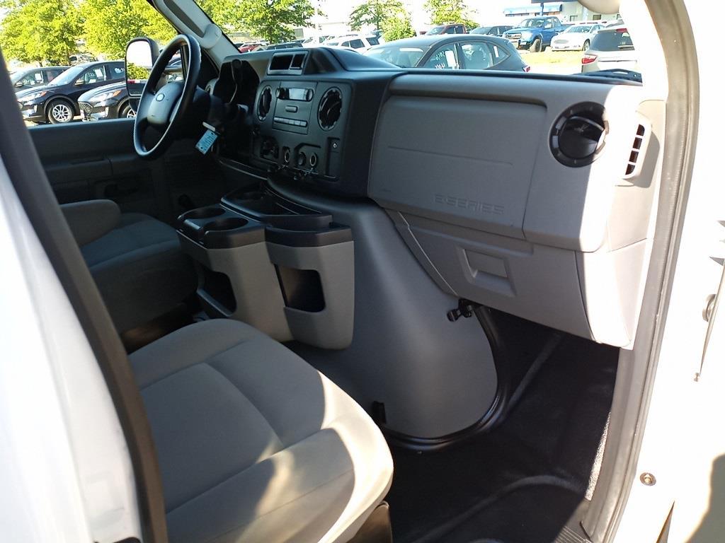 2015 Ford E-350, Cutaway Van #G505676A - photo 9