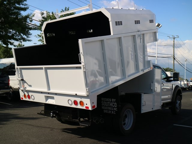 2018 F-550 Regular Cab DRW,  Southco Industries Chipper Body #GB63588 - photo 32