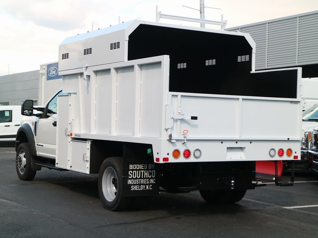 2018 F-550 Regular Cab DRW,  Southco Industries Chipper Body #GB63588 - photo 5
