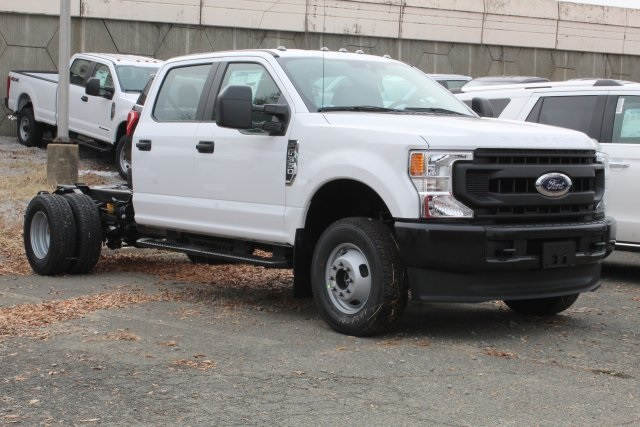 2020 F-350 Crew Cab DRW 4x4, Cab Chassis #GC11044 - photo 3