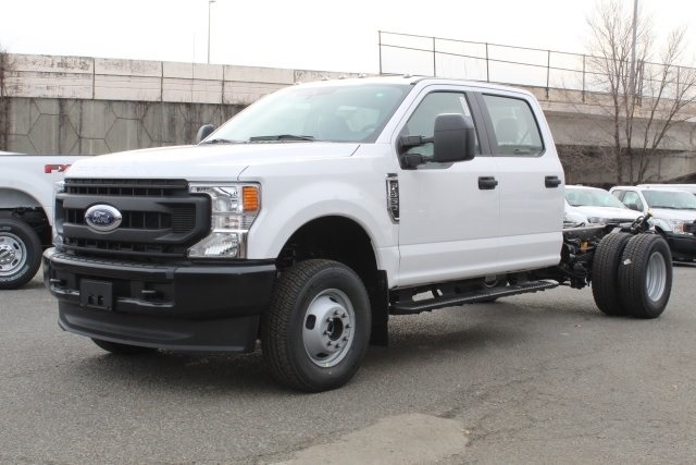 2020 F-350 Crew Cab DRW 4x4, Cab Chassis #GC11046 - photo 1