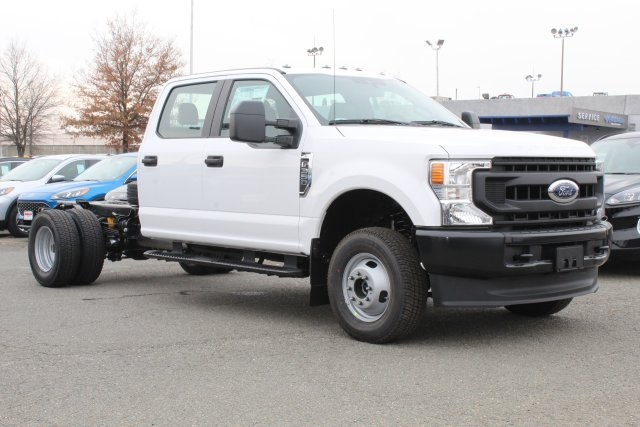 2020 F-350 Crew Cab DRW 4x4, Cab Chassis #GC11047 - photo 3