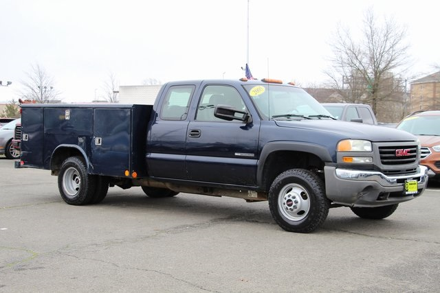 2005 Sierra 3500 4x4, Reading Service Body #GC13634A - photo 1