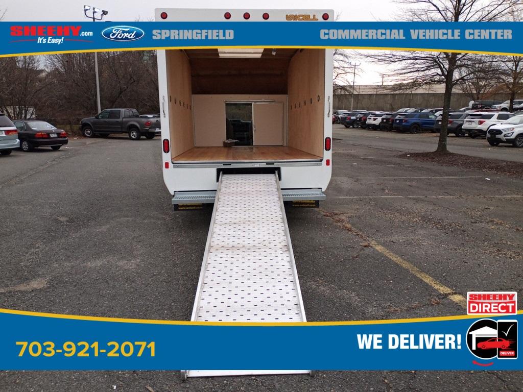 2021 Ford E-350 4x2, Unicell Aerocell Cutaway Van #GC32331 - photo 17