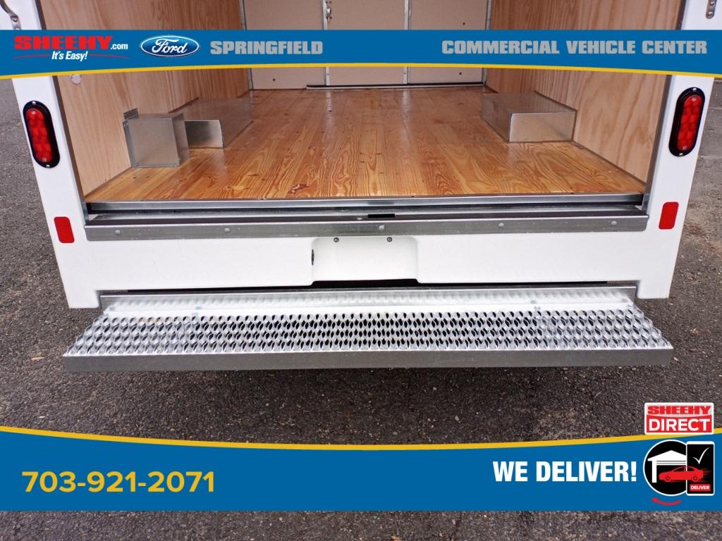 2021 Ford E-350 4x2, Unicell Aerocell CW Cutaway Van #GC37207 - photo 8