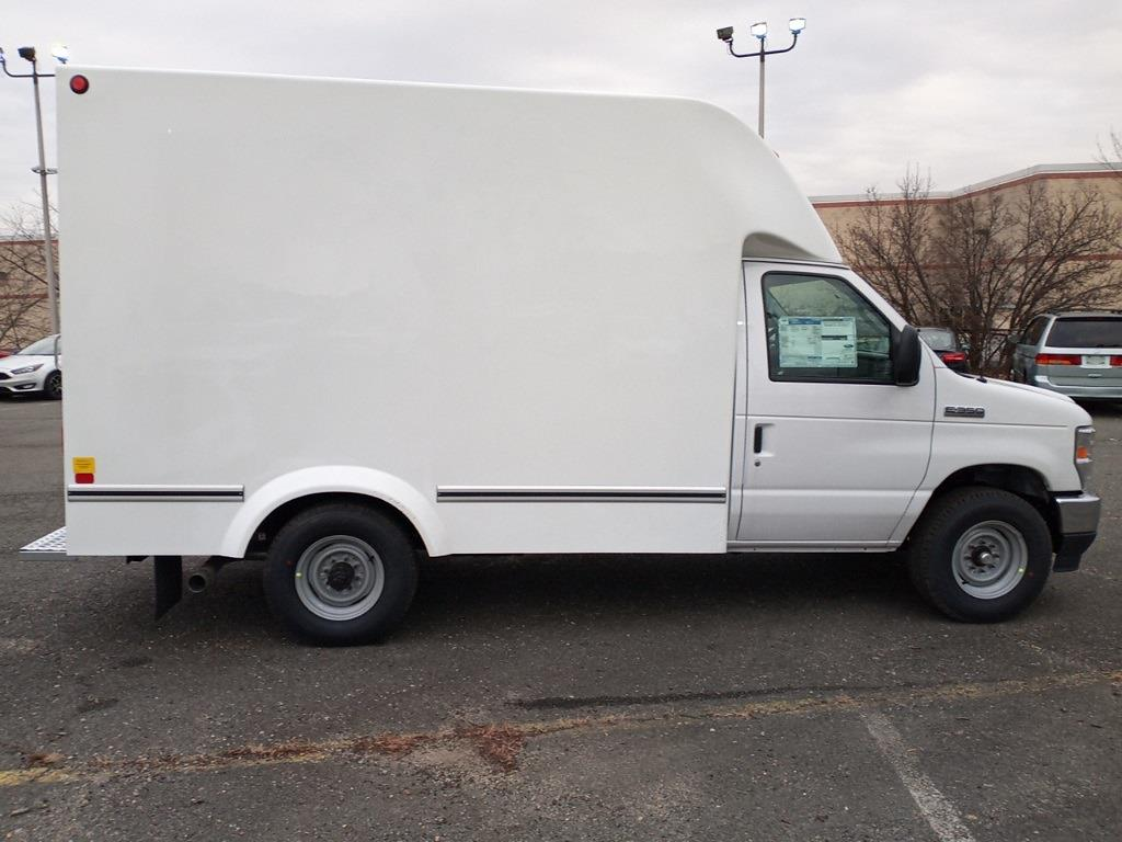 2021 Ford E-350 4x2, Unicell Aerocell CW Cutaway Van #GC37208 - photo 13