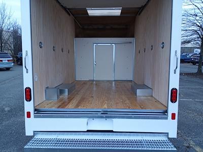 2021 Ford E-350 4x2, Unicell Aerocell CW Cutaway Van #GC37208 - photo 8