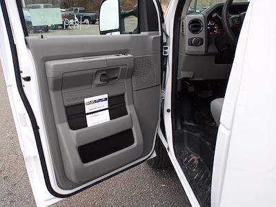 2021 Ford E-350 4x2, Unicell Aerocell CW Cutaway Van #GC37208 - photo 9