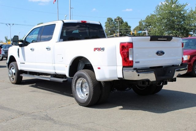 2019 F-350 Crew Cab DRW 4x4, Pickup #GD08019 - photo 4
