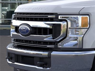 2020 Ford F-250 Crew Cab 4x4, Pickup #GE04035 - photo 17