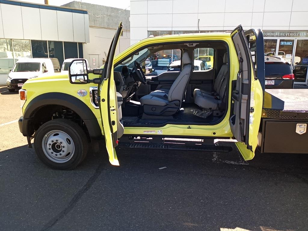 2020 Ford F-550 Super Cab DRW 4x4, CM Truck Beds RD Model Platform Body #GE10461 - photo 29