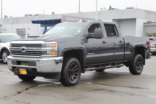 2017 Silverado 2500 Crew Cab 4x4, Pickup #GE39521A - photo 4