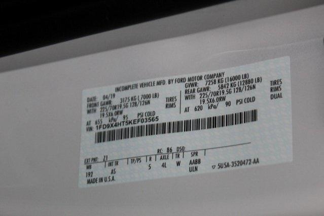 2019 F-450 Super Cab DRW 4x4,  PJ's Platform Body #GF03565 - photo 26