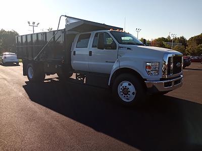 2022 F-750 Crew Cab DRW 4x2,  PJ's Truck Bodies Platform Body Landscape Dump #GF04925 - photo 1