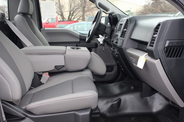 2018 F-150 Regular Cab 4x2,  Pickup #GG00187 - photo 8