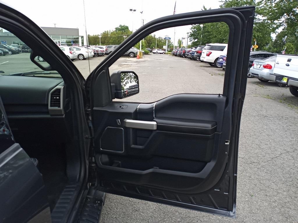 2018 Ford F-150 SuperCrew Cab 4x4, Pickup #GJP2389 - photo 26