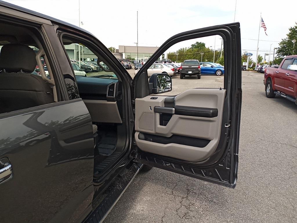 2018 Ford F-150 SuperCrew Cab 4x4, Pickup #GJP2396 - photo 29