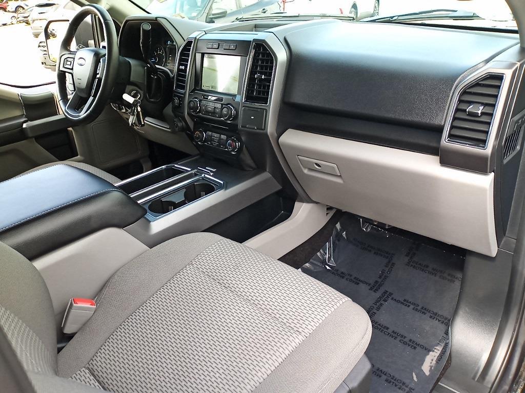 2018 Ford F-150 SuperCrew Cab 4x4, Pickup #GJP2396 - photo 31