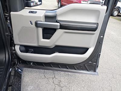 2018 Ford F-150 SuperCrew Cab 4x4, Pickup #GJP2396 - photo 30