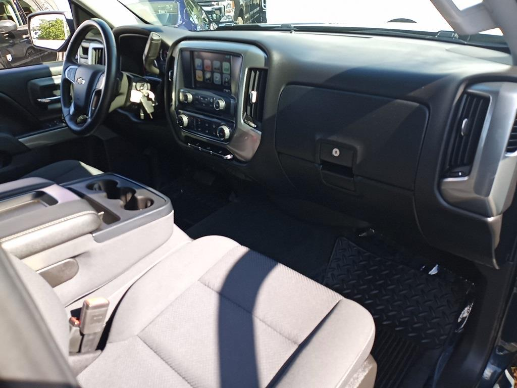 2017 Chevrolet Silverado 1500 Crew Cab 4x4, Pickup #GKR8529 - photo 28