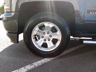 2017 Chevrolet Silverado 1500 Crew Cab 4x4, Pickup #GKR8529 - photo 17