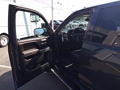 2017 Chevrolet Silverado 1500 Crew Cab 4x4, Pickup #GKR8529 - photo 18