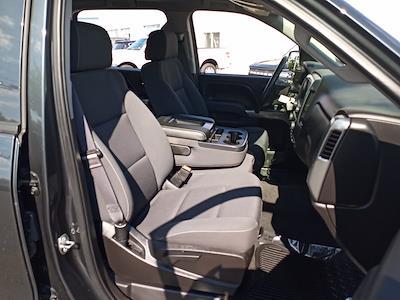 2017 Chevrolet Silverado 1500 Crew Cab 4x4, Pickup #GKR8529 - photo 29