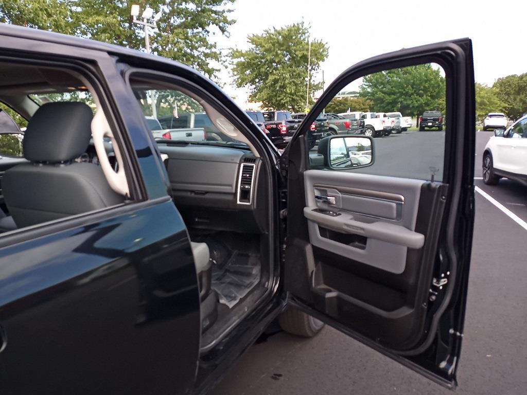 2019 Ram 1500 Crew Cab 4x4,  Pickup #GYZ3945 - photo 31