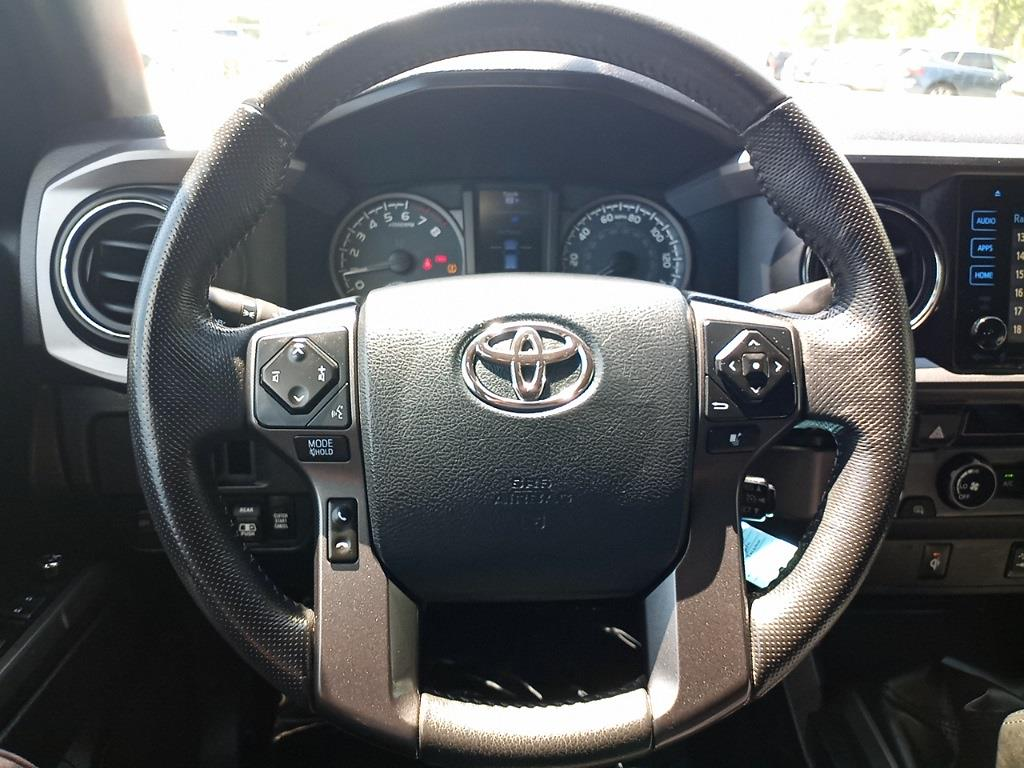 2017 Toyota Tacoma Double Cab 4x4, Pickup #GZP9452 - photo 42