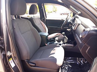 2017 Toyota Tacoma Double Cab 4x4, Pickup #GZP9452 - photo 31