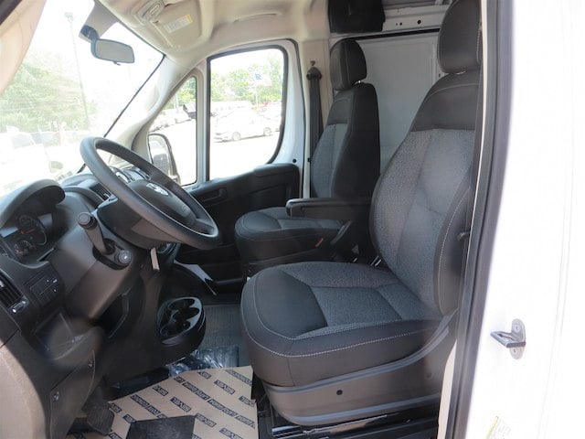 2018 ProMaster 1500 Standard Roof,  Empty Cargo Van #131330 - photo 3
