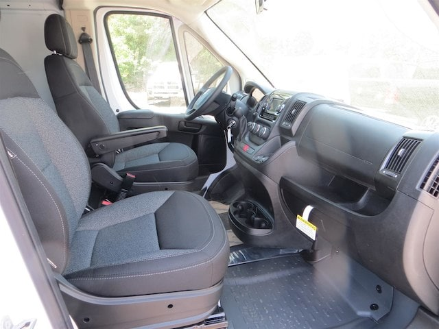 2018 ProMaster 2500 High Roof,  Empty Cargo Van #133636 - photo 4