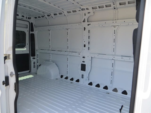 2018 ProMaster 2500 High Roof,  Empty Cargo Van #133636 - photo 6