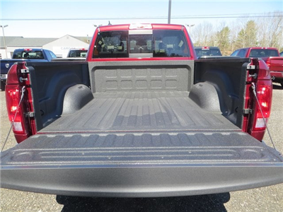 2018 Ram 1500 Quad Cab 4x4,  Pickup #228503 - photo 5