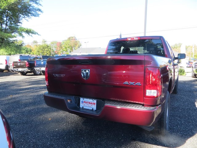 2019 Ram 1500 Quad Cab 4x4,  Pickup #522995 - photo 2