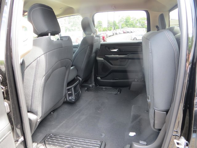 2019 Ram 1500 Crew Cab 4x4,  Pickup #528507 - photo 4